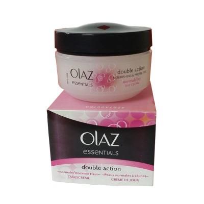 Kem dưỡng trắng da và dưỡng ẩm Olaz Essentials Double Action - Đức